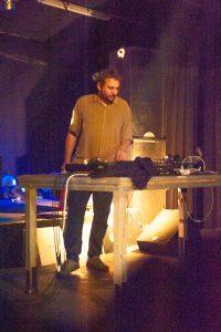 Samstag, 13. Oktober: Quilla Dance Theater, Quiet Island, Haubi Songs, DJ Tankwart